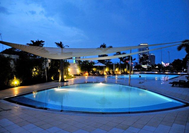 Thiết kế không gian cho mái hiên bể bơi