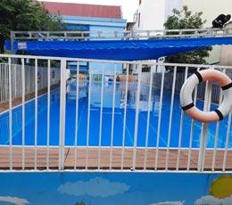 Công trình lắp đặt mái che mái xếp bể bơi khu vui chơi giải trí