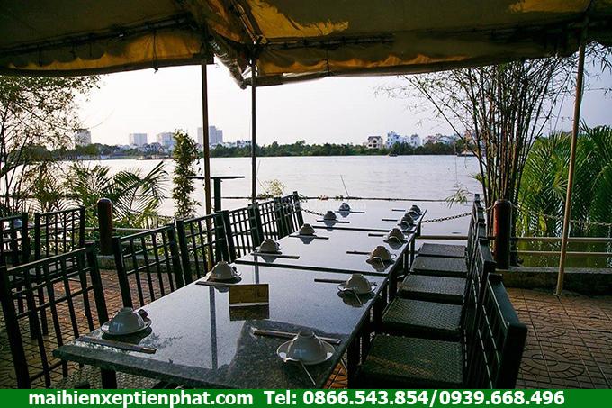 Lắp mái che cho nhà hàng gần Chung cư Home City Cầu Giấy